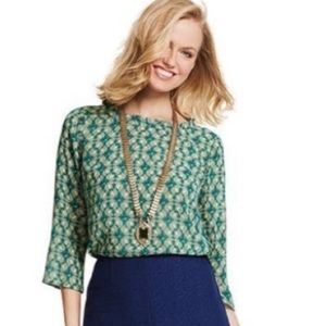Cabi Style# 3069 Green Leaf Pattern Blouse